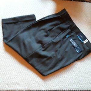 Croft & Barrow Perf. Wool Pants-